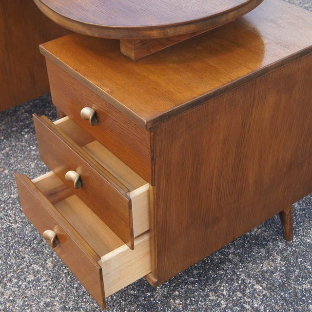 1960s Mid Century Modern Oak Vanity and Chair - 2 Pieces For Sale - Image 5 of 11