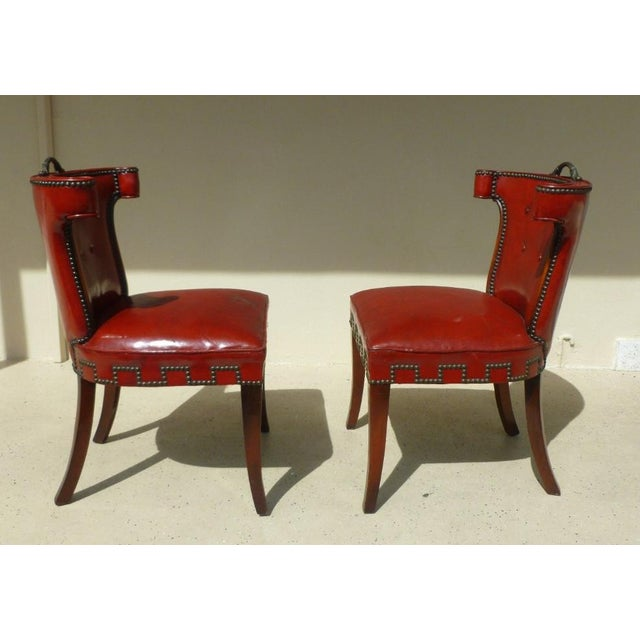 40's Klismos Dorothy Draper Style Hollywood Regency Red Leather and Brass Tack Chairs -A Pair- P For Sale - Image 4 of 8