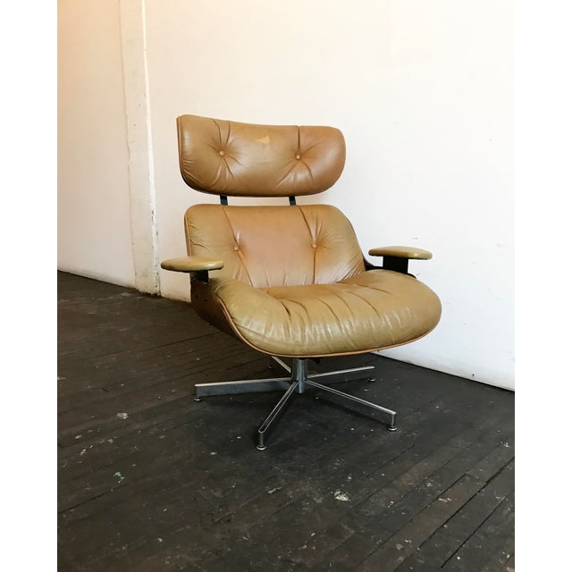 Vintage Brown Leather Plycraft Lounge Chair - Image 2 of 10