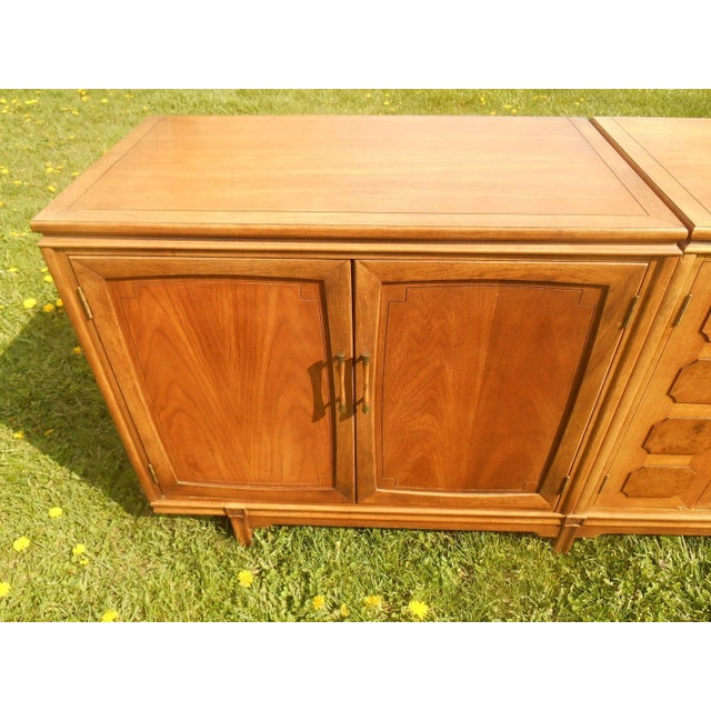 Thomasville Mid-Century Modern Floating Credenza - Image 5 of 7