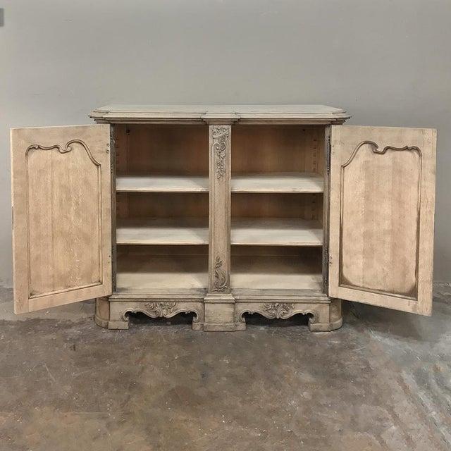 19th Century Liegoise Regence Stripped Oak Buffet For Sale - Image 4 of 13
