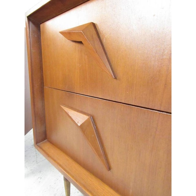 Pair of Stunning Mid-Century Modern Walnut Nightstands For Sale - Image 4 of 11