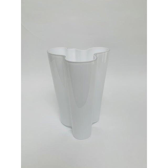 Alvar and Aino Aalto for Iittala Finland Scandinavian Modern Savoy Glass Vase For Sale - Image 10 of 10