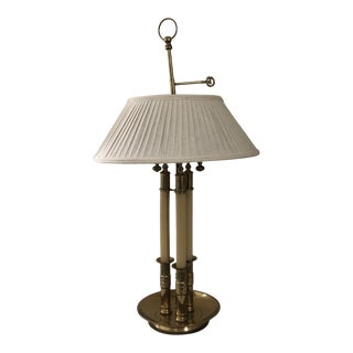Vintage Mid 20th Century Ethan Allen 3-Candlestick Table Lamp For Sale