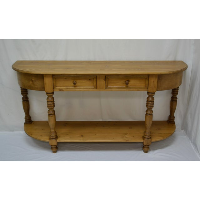 This is a very attractive and practical English style D-end pot board server built from lightly-used reclaimed pine. The...