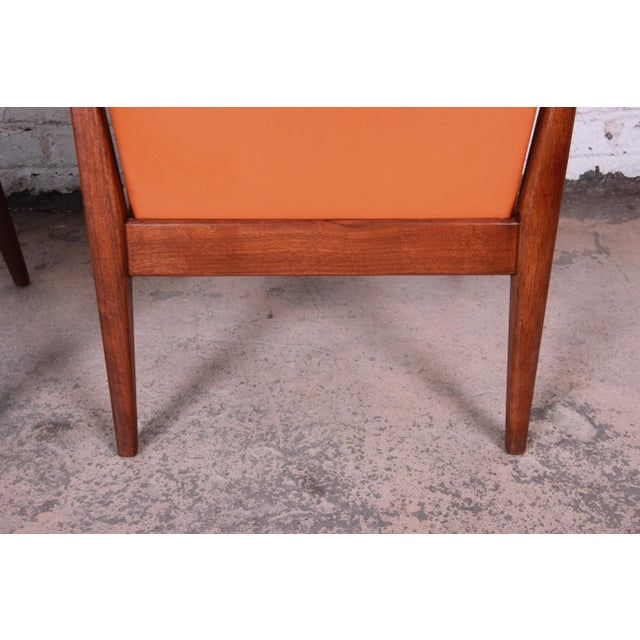 Jens Risom Mid-Century Modern Sculpted Walnut Lounge Chairs, Pair For Sale - Image 11 of 12