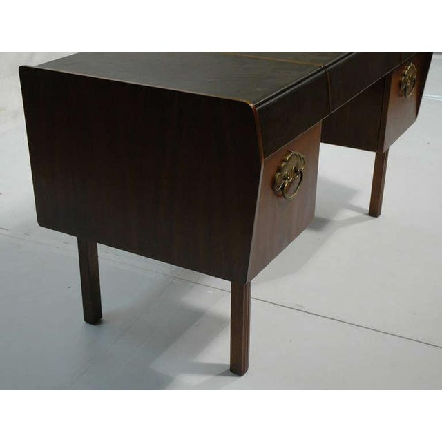 Metal Mid-Century Modern Desk by Bert England for Widdicomb in Leather, Walnut and Bronze For Sale - Image 7 of 10