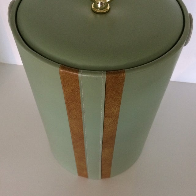 Georges Briard Padded Green and Wood Grain Vinyl Ice Bucket With Ice Tongs For Sale - Image 10 of 13