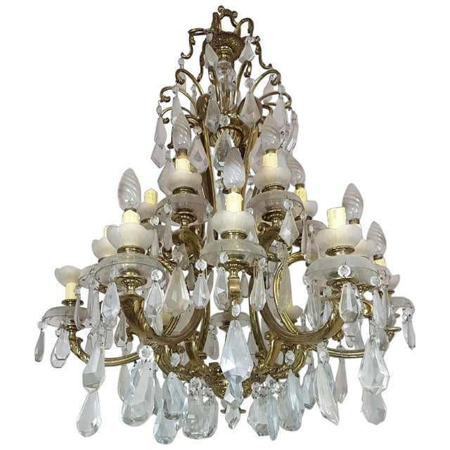 Gold 20th Century Italian Gilded Bronze and Crystals Chandelier For Sale - Image 8 of 8