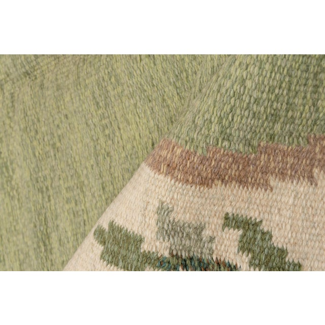 Mid-Century Modern Scandinavian Flatweave Rollaken Rug, Open Green Field For Sale - Image 3 of 8