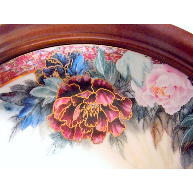Traditional Van Hygan & Smythe Wood Frame With Lily Chang Plate For Sale - Image 3 of 11
