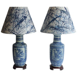 Pair of 19th Century Chinese Blue and White Vase Lamps For Sale