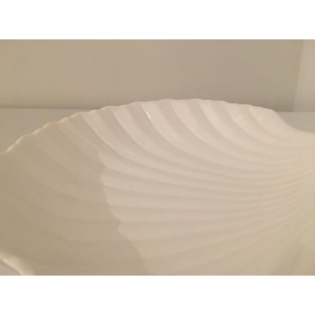 Art Deco White Shell Dish For Sale - Image 3 of 4
