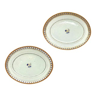 18th Century Chinese Export Porcelain Oval Platters - a Pair For Sale