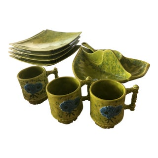 1960's Guppy Ware Chartreuse Speckled Ceramic Serving Ware - 9 Pc. Set For Sale