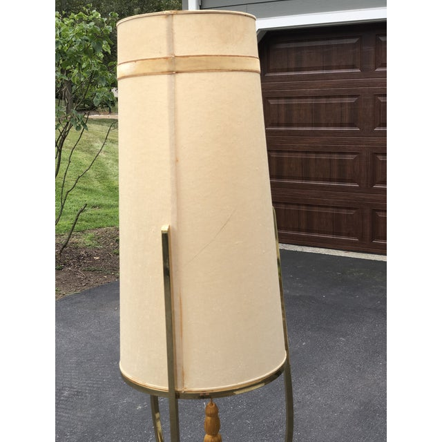 Mid Century Modern /Hollywood Regency Floor Lamp with Table For Sale - Image 9 of 12