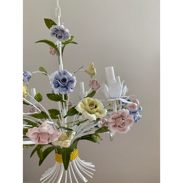 Vintage Ca 1950s Italian Tole 6 Arms Chandelier & Porcelain Rosebuds Flowers For Sale In Miami - Image 6 of 13
