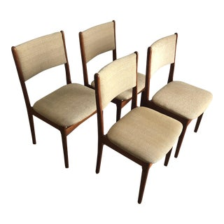 Vintage Mid Century Modern Danish Dining Chairs Set of Four For Sale