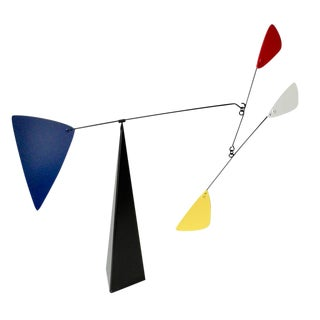 20th Century Calder Style Standing Kinetic Modern Mobile Sculpture For Sale