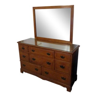 Vintage Kling Solid Maple Colonial Style 8-Drawer Dresser and Mirror For Sale