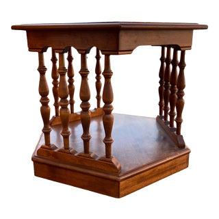 1980s Ethan Allen Heirloom Nutmeg Maple Hexagonal Side Table For Sale