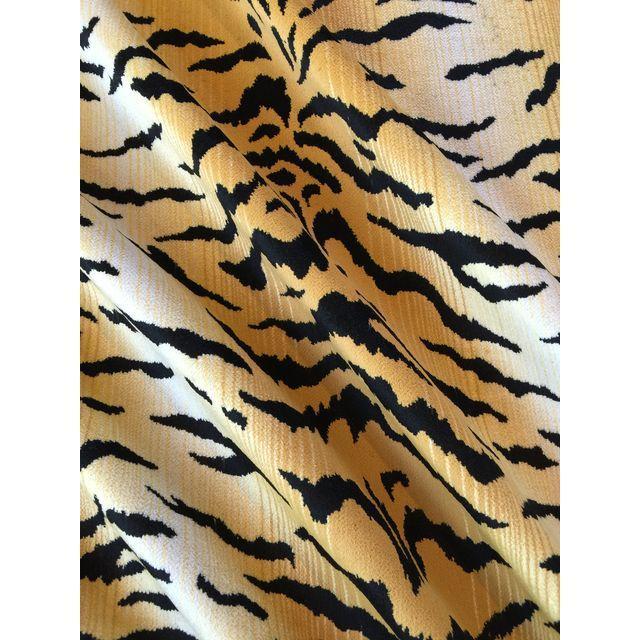 David Sutherland City Kitty Velvet Fabric - 3 Yard - Image 2 of 5