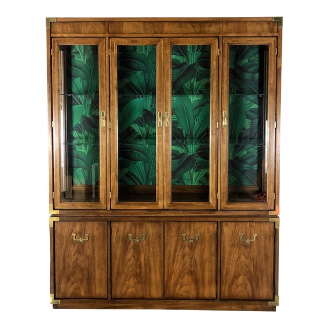 1960s Vintage Mid-Century Modern China Cabinet For Sale
