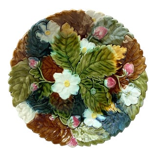 Large Majolica Strawberry Orchies Platter, circa 1880 For Sale