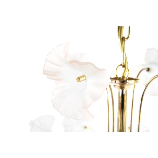 "White Italy, 1950s Murano Glass and Brass ""Hibiscus"" Chandelier For Sale - Image 8 of 10"