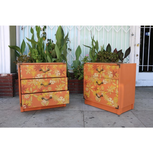 Paint Retro Pair of Drexel Chests of Drawers For Sale - Image 7 of 10