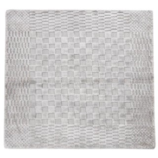 Hand-Knotted Gray Bamboo Silk Rug - 3' X 3' For Sale