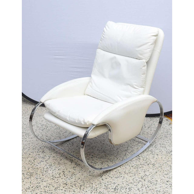 Milo Baughman Style Chrome Rocking Chair, Usa, 1970s For Sale - Image 4 of 10