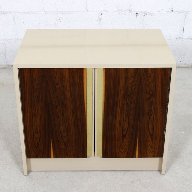 Milo Baughman for Thayer Coggin Milo Baughman Bar / Media Cabinet With Rosewood Doors For Sale - Image 4 of 10