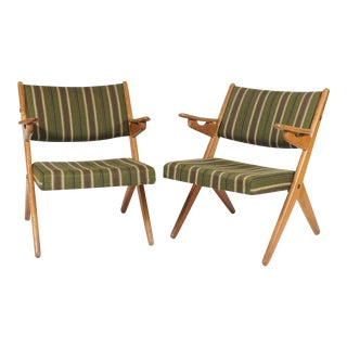Pair Scandinavian Modern Scissor or Sawbuck Arm Chairs in Manner of Hans Wegner or Folke Ohlsson For Sale