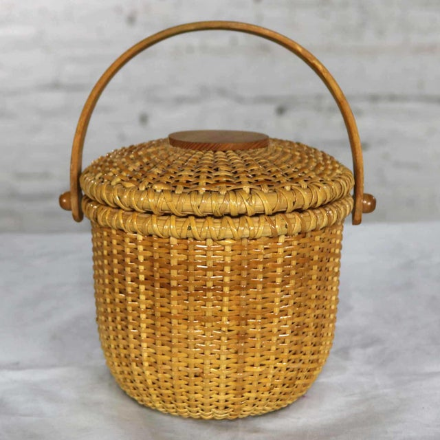 Nantucket Lightship Round Lidded Friendship Basket For Sale - Image 13 of 13
