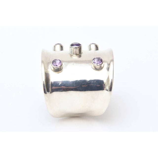 Sterling Silver and Amethyst Hallmarked Modern Cuff Bracelet For Sale In Miami - Image 6 of 10