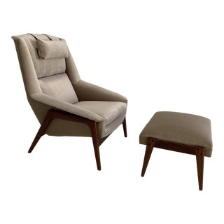 Mid Century Newly Reupholstered Velvet Lounge Chair and Ottoman by Folke Ohlsson for Dux For Sale