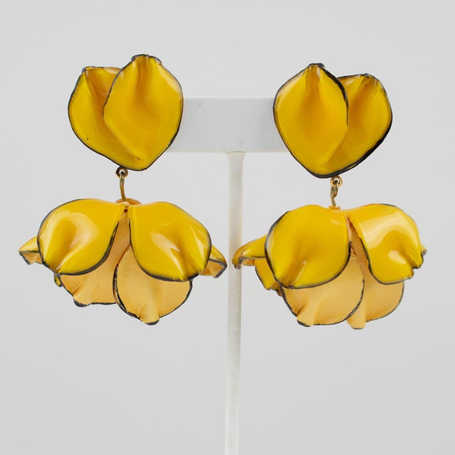 Resin Cilea Paris Dangling Resin Clip-On Earrings Yellow Poppy Flower For Sale - Image 7 of 7