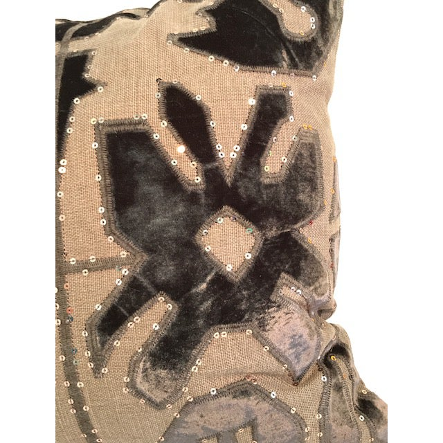 Adam and Viktoria Swedish Natural Linen Tischa Pillow For Sale In Los Angeles - Image 6 of 10