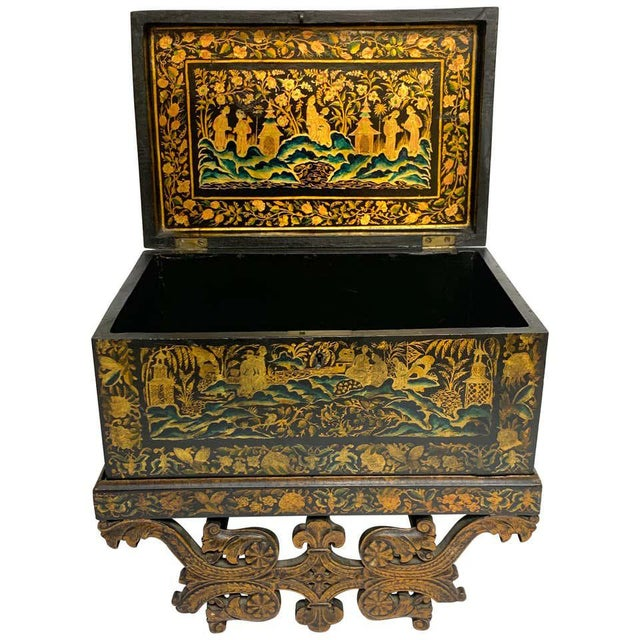 Chinese Export Lacquer Box & Stand, Circa 1820 For Sale - Image 13 of 13