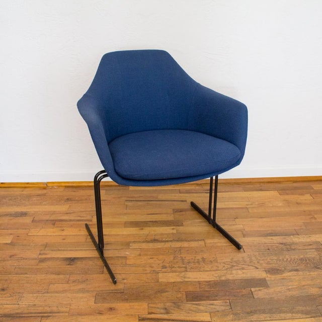 1960s Vecta Chair in Blue Tweed Upholstery, Maurice Burke Fiberglass Shell For Sale - Image 5 of 9