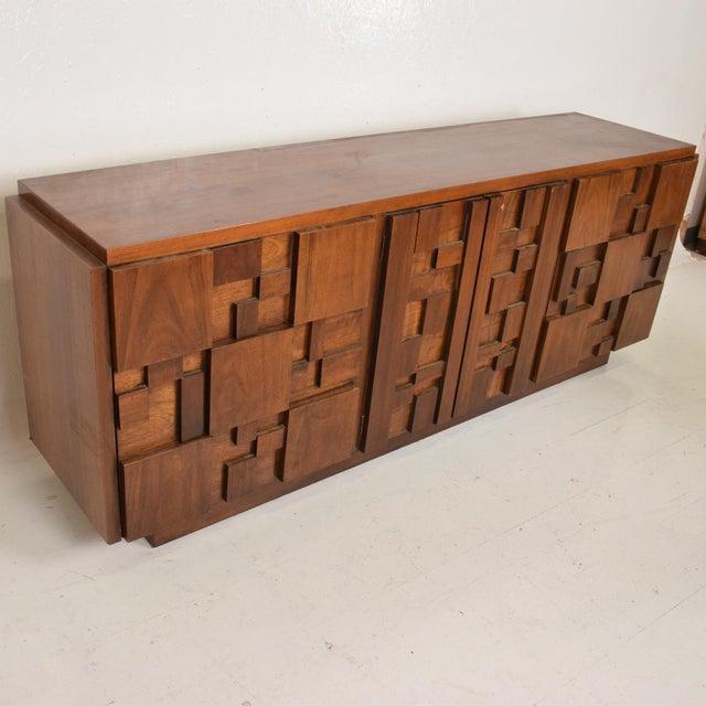 1970s Mid-Century Modern Brutalist Patchwork Walnut Tiles Dresser by Lane For Sale - Image 5 of 10