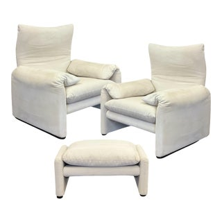 2000s Maralunga Vico Magistretti for Cassina Armchairs and Ottoman – a Set of 3 For Sale