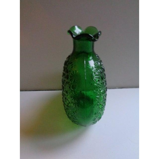 Traditional Vintage Clevenger Bros Green Glass 'Flowers' Vase For Sale - Image 3 of 5