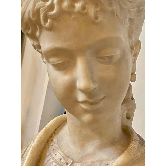 Alabaster Bust of Young Lady and a Bird, 19th-20th Century For Sale In New York - Image 6 of 13