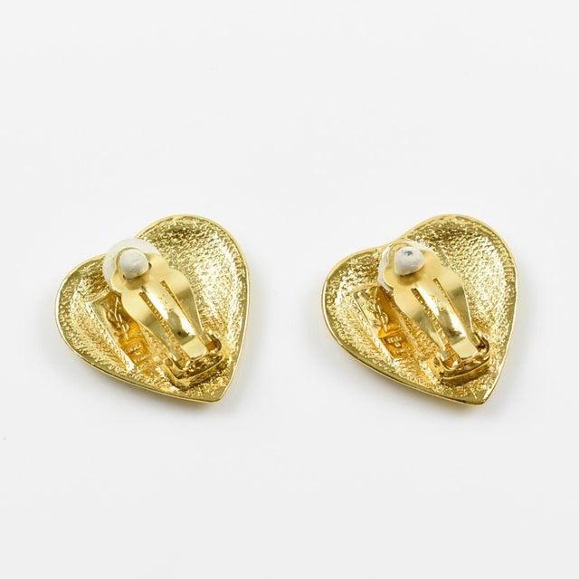 Yves Saint Laurent Yves Saint Laurent Paris Signed Clip on Earrings Gilt Metal Heart For Sale - Image 4 of 7