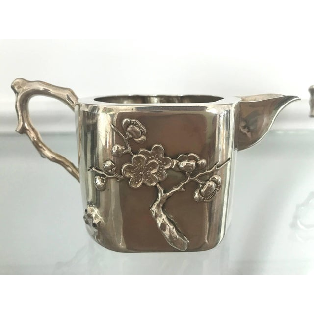 Chinese Export Sterling Silver Creamer and Sugar Luen Wo - A Pair For Sale In Atlanta - Image 6 of 10