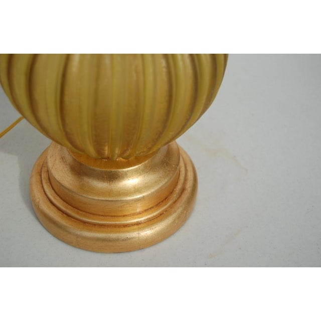 Hollywood Regency Marbro Murano Acidato Glass Table Lamp Gold For Sale - Image 3 of 5