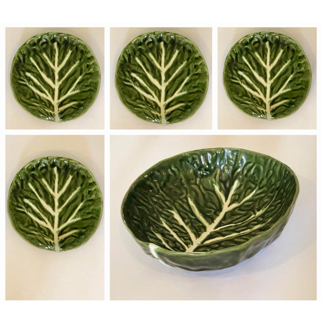 Mid 20th Century Vintage Green Cabbage Ware Vegetable Tabletop Plates and Bowl – Set of 5 For Sale - Image 5 of 6
