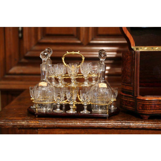 Important 19th Century French Napoleon III Walnut & Burl Cave a Liqueur Tantalus For Sale - Image 10 of 11